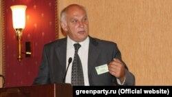 Алексей Гусенков