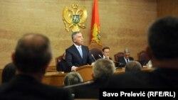 Milo Đukanović u parlamentu