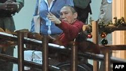 Former dictator Manuel Noriega after arrive at the Renacer prison in Panama City on December 11, 2011.