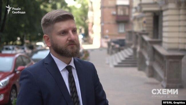 Юрист Богдан Глядик так прокоментував ситуації на дорозі з кортежем Зеленського: «Він створює небезпеку для інших учасників дорожнього руху»