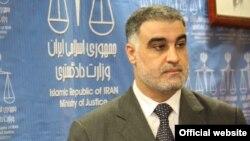 Fotografi arkivi e ministrit të drejtësisë irakiane, Hassam al Shammari
