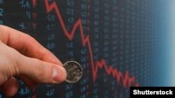 Санкции привели к резкому падению курса рубля