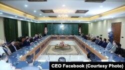 سفارت امریکا در افغانستان سفر اخیر نماینده خاص امریکا برای صلح افغانستان به کابل را، سازنده خوانده است.