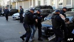 Privođenje osoba osumnjičenih za pokušaj državnog udara, Podgorica