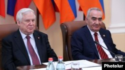 Armenia -- Nikolay Ryzhkov (L) attending the 25th session of the Armenian-Russian Inter-parliamentary Committee on Cooperation in Yerevan, 30 Oct, 2014