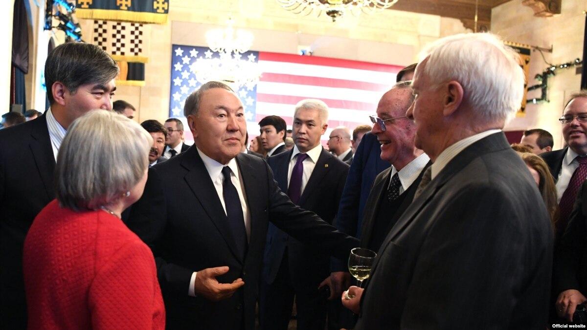 Казахстан и США подписали контракты на 2,5 миллиарда долларов