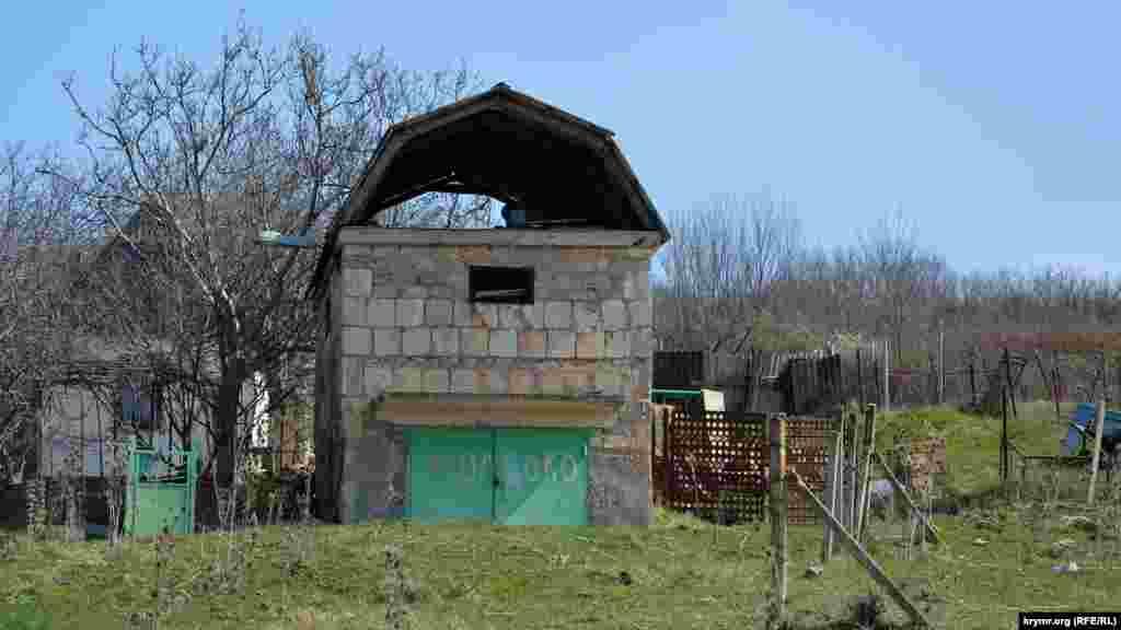 Типичный сельский дом в Передовом