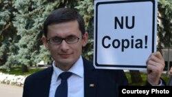 Vice-ministrul educației participă la campanie
