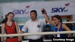 Нуржамиля Батырбеккызы, девушка-боксер из Монголии.