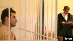 Şahin Ağabəyli 2006-cı ildə böhtan atmaq ittihamı ilə həbs olunmuşdu