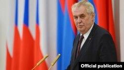 میلوش زیمان رئیس جمهور جمهوری چک