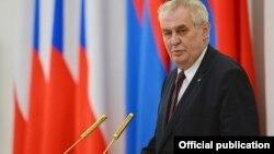 میلوش زیمان رئیس جمهور چک