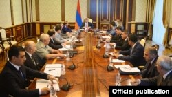 Armenia- President Serzh Sarkisian chairs a meeting of the National Security Council in Yerevan, 2July, 2016.