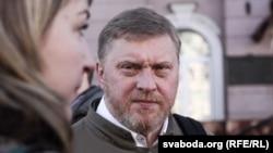 """Судебный процесс по делу издательства """"Логвинов"""""""