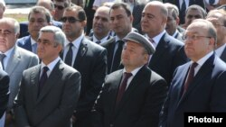 Armenia - President Serzh Sarkisian (L) attends the opening ceremony of a newly built hospital in Gyumri, 4Sept2012.