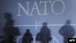 """Ўзбекистон НАТОнинг """"Тинчлик учун ҳамкорлик"""" дастурига 1994 йилда қўшилган."""