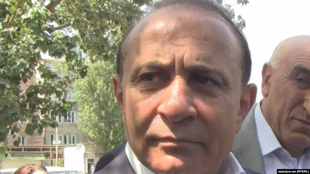 Возбуждено уголовное дело против экс-премьера Овика Абрамяна