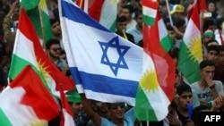برخی راهپیمانان حامی استقلال در کردستان عراق پرچم اسرائیل به دست داشتند