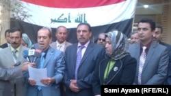 أعضاء إئتلاف العراقية في ديالى يتلون بيان مطالبهم في بعقوبة