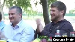 Cамопровозглашенный премьер Крыма Сергей Аксёнов и президент Чечни Рамзан Кадыров. 16 июня 2014 года.
