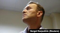 Олексій Навальний у залі суду після оголошення вироку про адмінарешт на 20 діб, Москва, 2 жовтня 2017 року