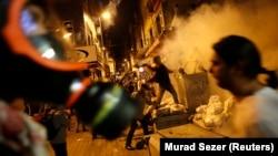 Стамбулдагы акыркы жылдардагы эң катуу кагылыш премьер-министрдин кеңсесинен алыс эмес жерде болду, 2-июнь, 2013