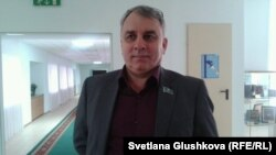 Сергей Богатырев, директор автопарка № 1 и депутат маслихата. Астана, 8 мая 2014 года.