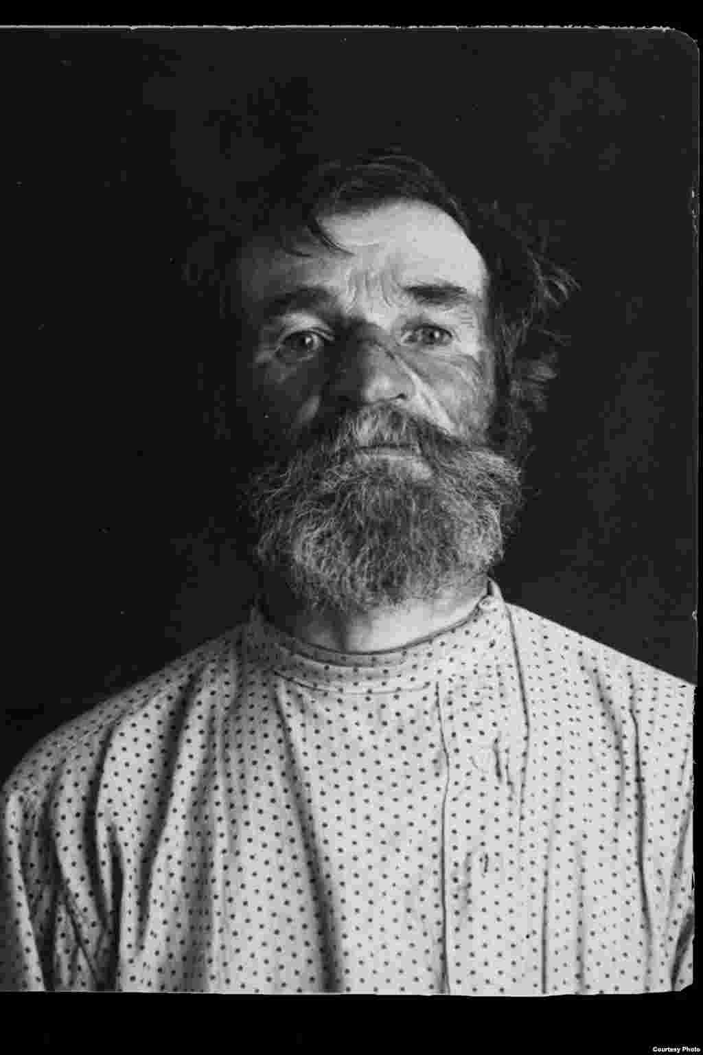 Vasily Semyonovich Kurenkov: Russian; born 1886 in Faleleyevo village, Western Oblast; primary education; no party affiliation; worker on a state farm; lived in Polozovo village, Moscow Oblast. Arrested on August 10, 1937. Sentenced to death on August 19, 1937. Executed on August 21, 1937. Rehabilitated in 1989.