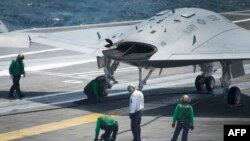 Киштии USS George HW Bush (акс аз бойгонӣ)