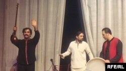 شهرام ناظری به همراه گروه موسيقی مولويه در شامگاه ۲۴ آذر ماه در سالن سلطان ولد قونیه به اجرای موسیقی پرداختند.