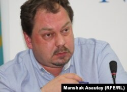 Михаил Сизов, председатель координационного комитета партии «Алга».
