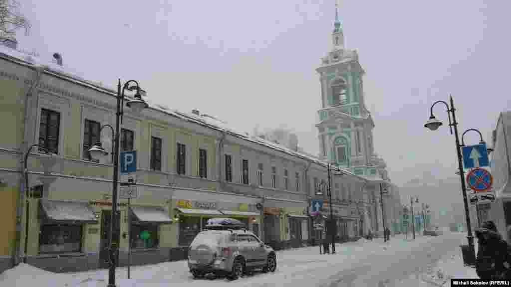 Метель на Пятницкой улице.
