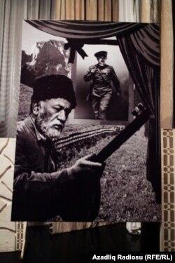 Xalq artisti Məmmədrza Şeyxzamanovun 100 illik yubileyinə həsr olunan xatirə gecəsindən görüntü.