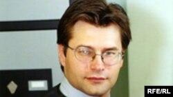 آلکسی آلکسيويچ مخين، مدير «مرکز اطلاعات سياسی» در مسکو