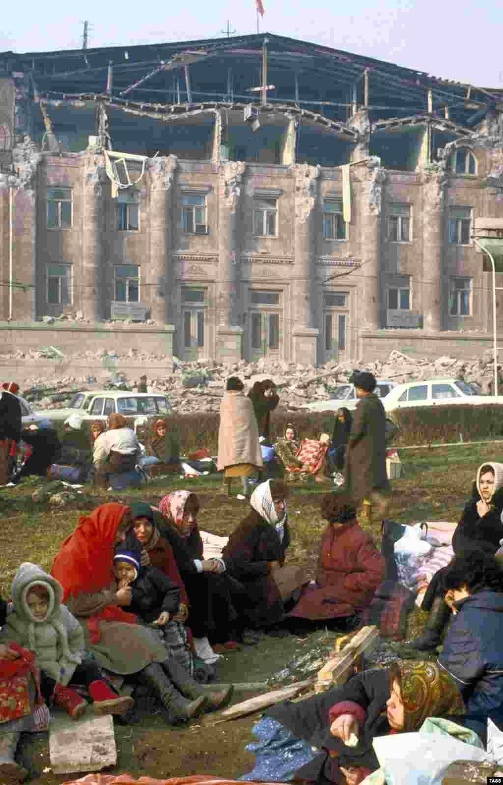 Ленинакан (Гюмри), ГIуран-беттан 7-гIа, 1988.
