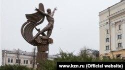 Рудолф Нуриев һәйкәле