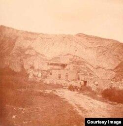 Шамил Имамасул рукъ. Гъуниб. 1872 соналда бахъараб сурат.