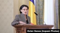 Ecaterina Andronescu depune jurământul și devine pentru a patra oară ministru al educației