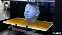 3D принтерде басып чыгарылган баш сөөк, Ганновер шаары, 5-март, 2013-жыл