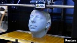3D принтердан чыгарылган кеше башы сыны