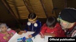 Школьный чум должен помочь сохранению языка и культуры кочевых народов