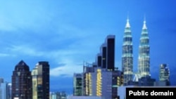Две женщины, 26 и 37 лет, были задержаны на Малайзийских островах 25 октября