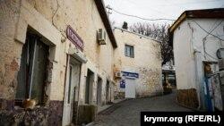 Старі вулиці Гурзуфа, що ведуть до бухти. Ілюстративне фото