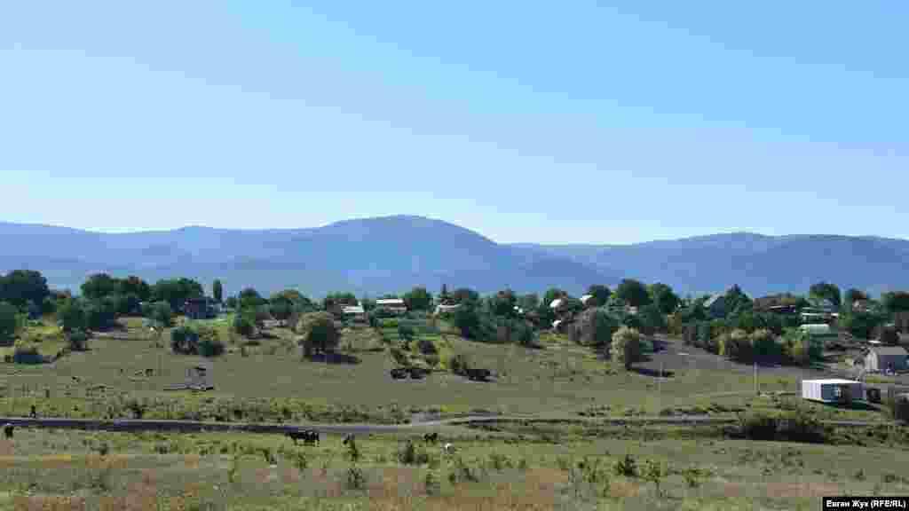 Вид на село Передовое