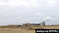 Калачи ауылы маңындағы бұрынғы уран кеніші орны. Ақмола облысы, 7 қыркүйек 2014 жыл. (Көрнекі сурет).