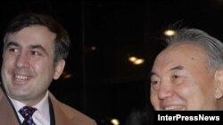 Отношения между президентами Грузии и Казахстана остаются безоблачными, - уверяет официальная Астана.