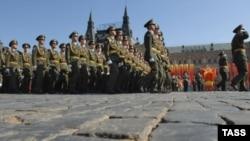 Военный парад в Москве (архивное фото)