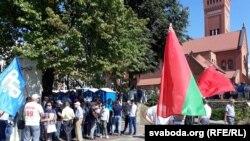Проправительственная акция на Площади независимости в Минске