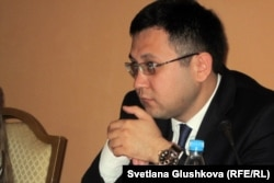 Болат Кальянбеков, председатель комитета информации и архивов министерства культуры и информации Казахстана. Астана, 3 июля 2012 года.