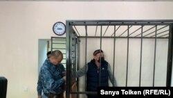Житель столицы Серик Жахин на процессе в суде первой инстанции. 16 сентября 2019 года.